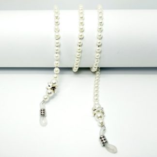 Retro glasses chain in white beads