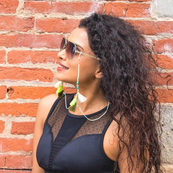 Chaine à lunettes dorée Pompon Bleu de Perse
